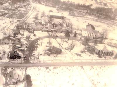 1928: Boiling Springs High School becomes Boiling Springs Junior College